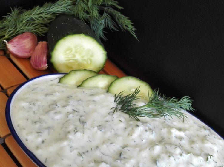 Salsa de Yogur Fit (Tzatziki)