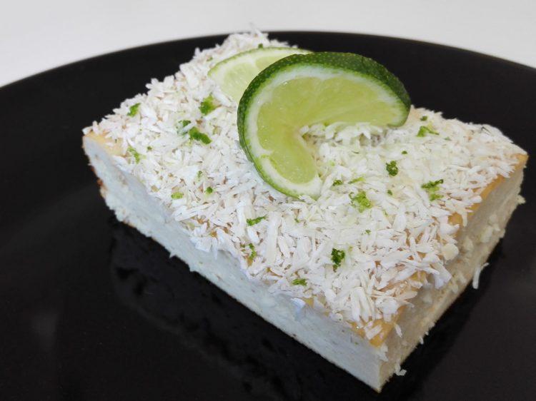 Pastel Fit de Queso, Lima y Coco (sin harina)
