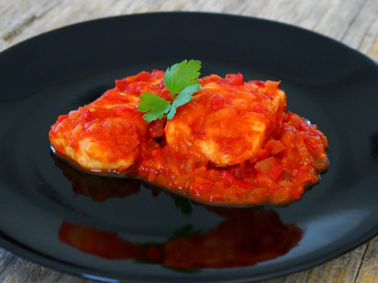 Bacalao con Tomate Fit