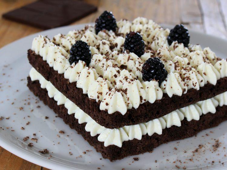 Tarta Fit de Chocolate y Crema de Queso (estilo Black Velvet)