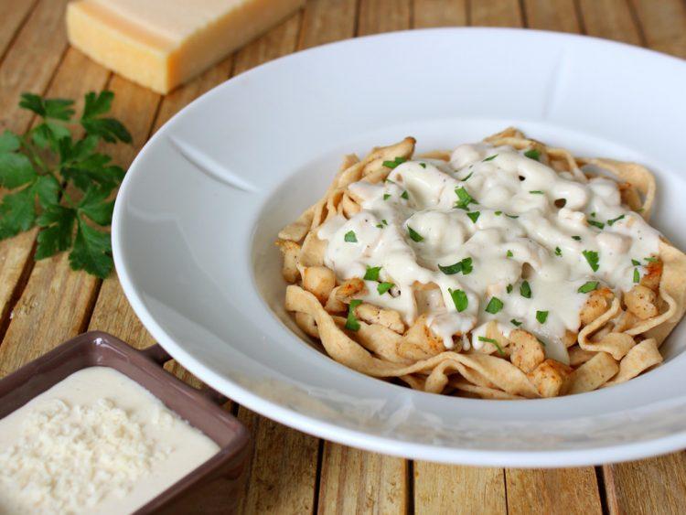 Salsa Alfredo Fit para Pasta (sin mantequilla y sin nata)