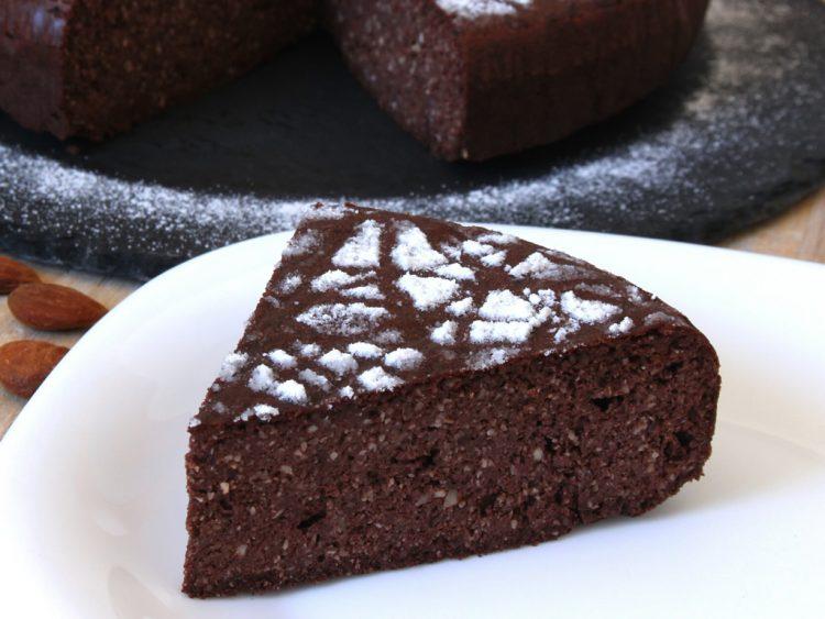 Torta Caprese de Chocolate y Almendras Fit (pastel sin harina y sin azúcar) (detalle del corte)
